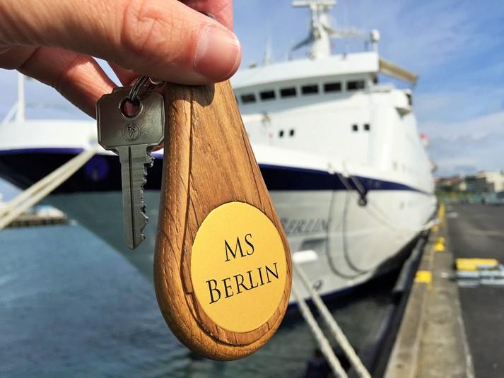 MS Berlin in Reykjavik