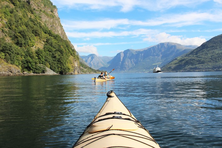 Kayakfahren im Aurlandsfjord