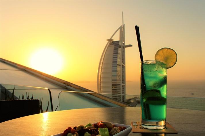 Vom Jumeirah Beach Hotel hat man einen super Ausblick