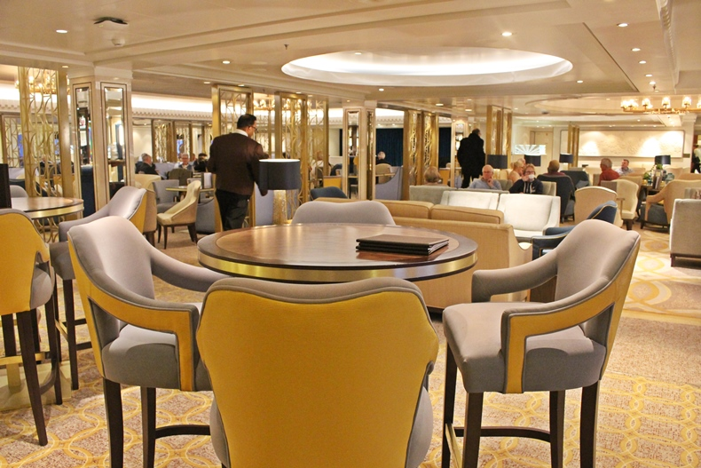 Queen Mary 2 Kurzkreuzfahrt_1_Carinthia Lounge