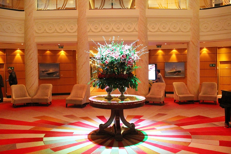 Queen Mary 2 Kurzkreuzfahrt_2_Grand Lobby