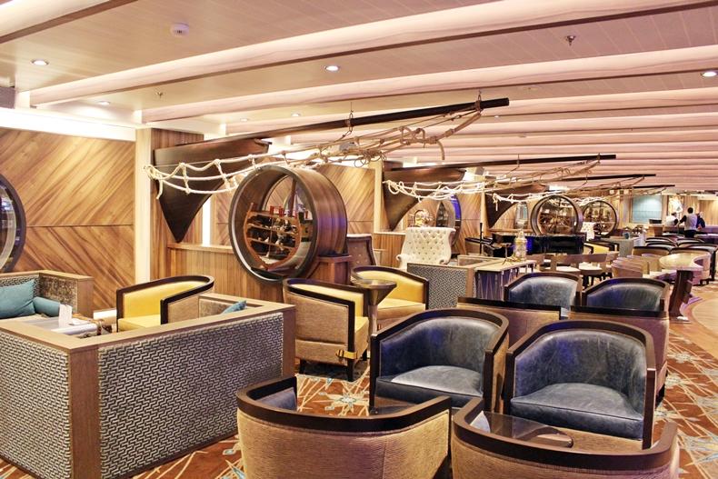 Die Schooner Bar im maritimen Stil gehalten